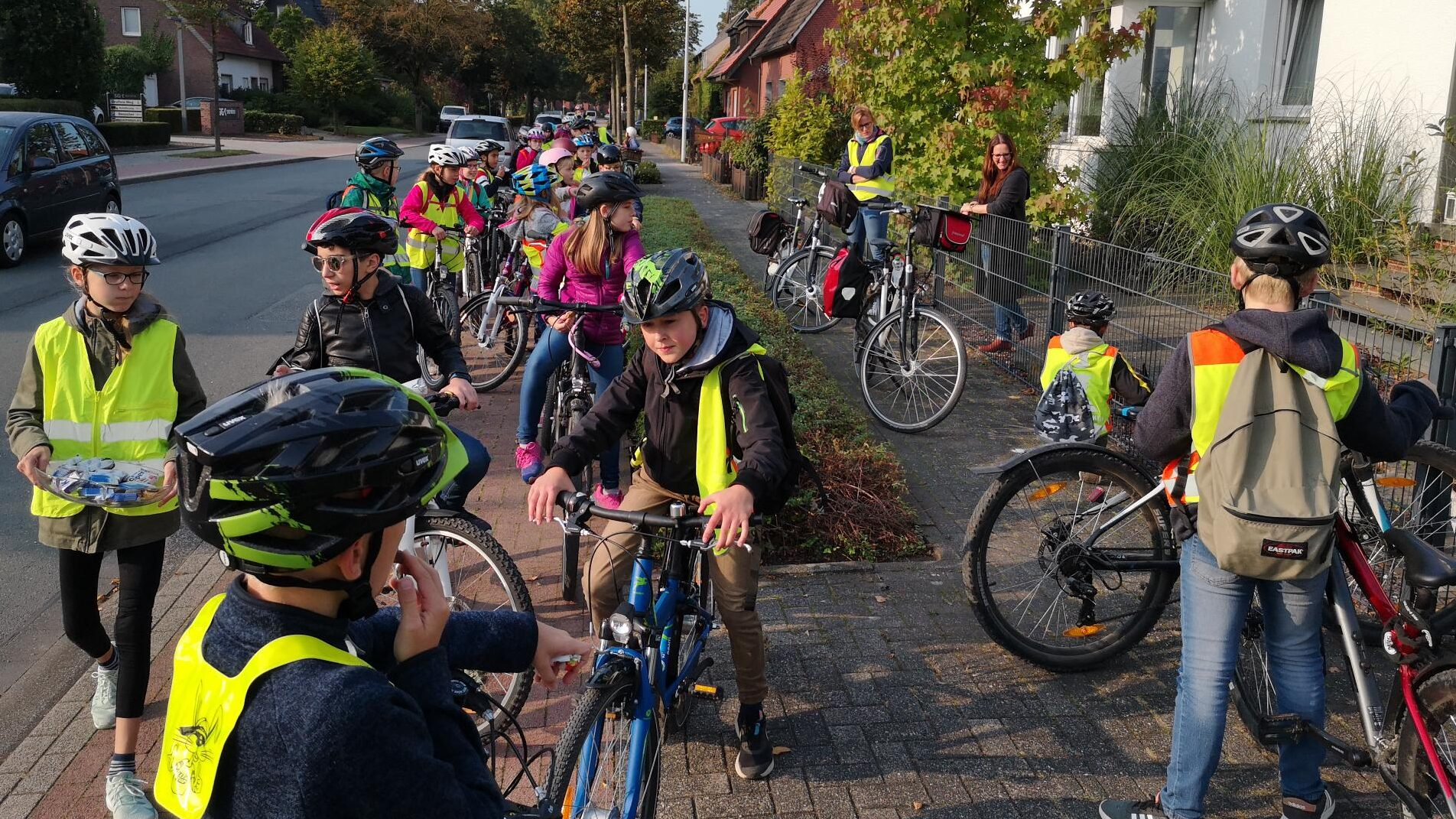 Von Tür zu Tür: Die neuen Klassen 5 auf Fahrradtour